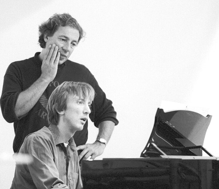 Preparing George Crumbs 'Makrokosmos IV' with Robert Nasveld for the 'Autumn Festival Warsaw', Warsaw 1989.