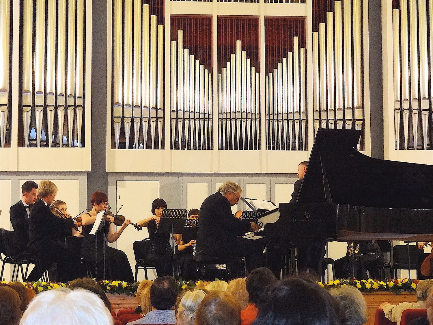 Playing Mozart and Haydn concertos with the Festival Orchestra of Saratov, 2014